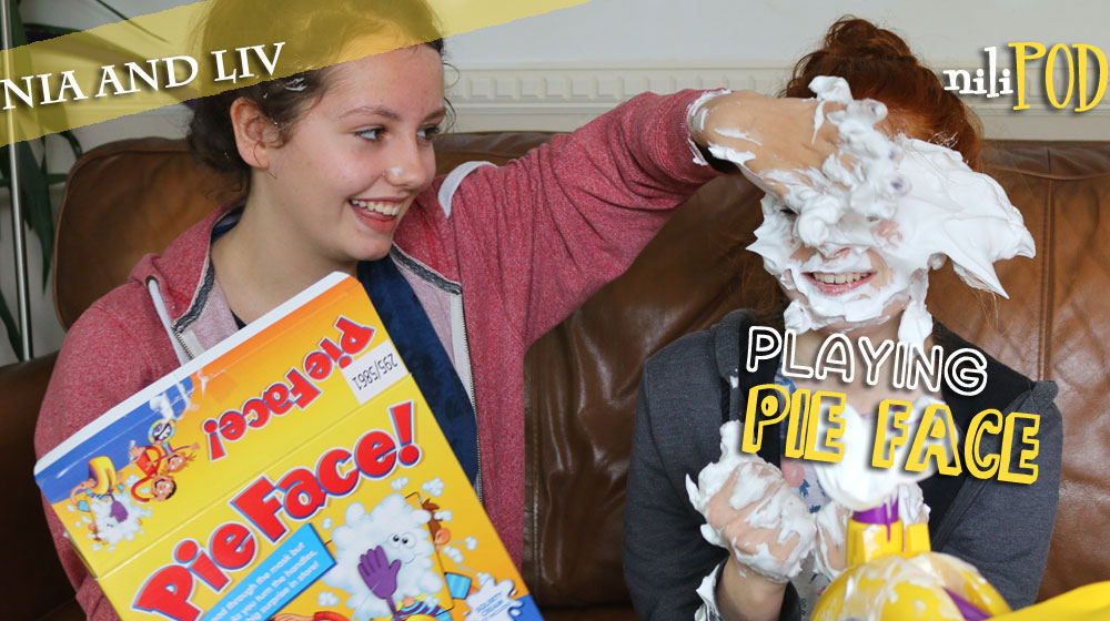 Another Pie Face game image, with lots of custard pie action